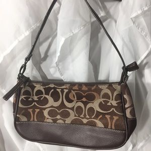 Coach small brown shoulder bag very clean